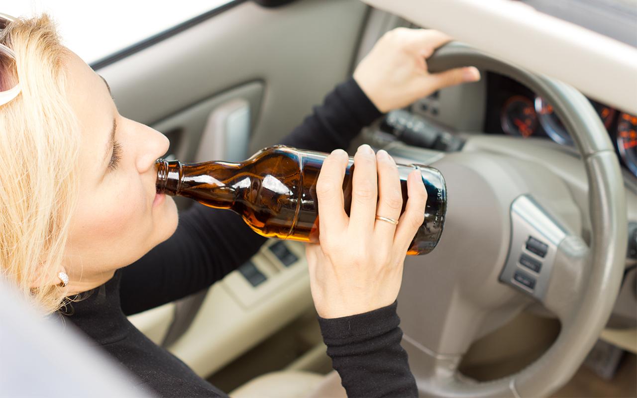 Жесткое задержание пьяной иагрессивной автоледи