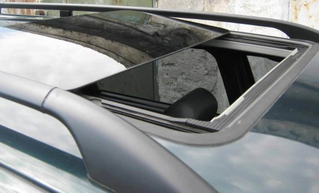 люк для автомобиля
