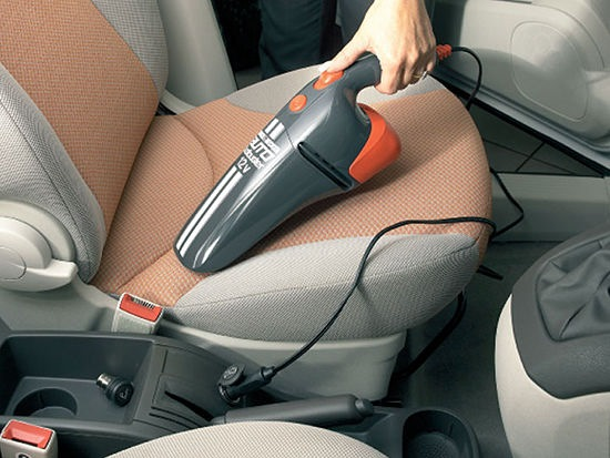 Автомобильный пылесос, работающий от прикуривателя